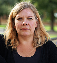 Porträtt Malin Särmark halvlångt ljust hår.